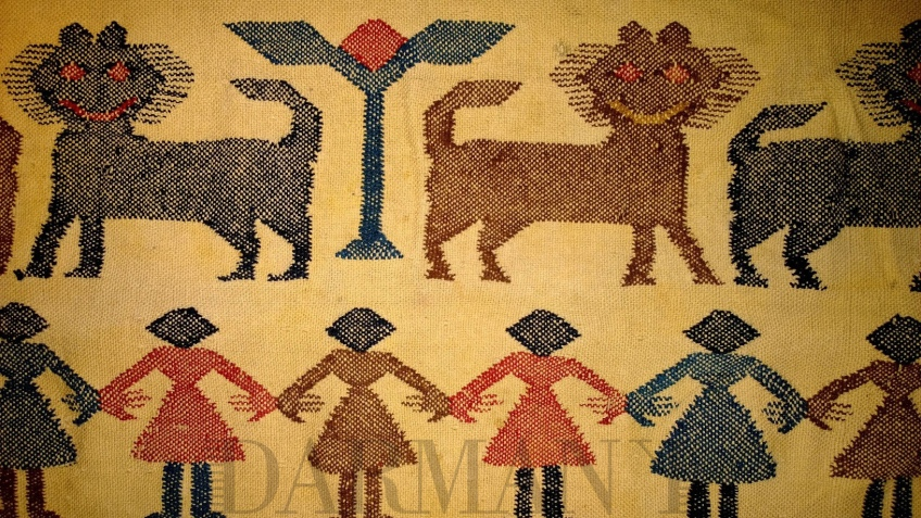 This kilim, made from Lama woolen fibers